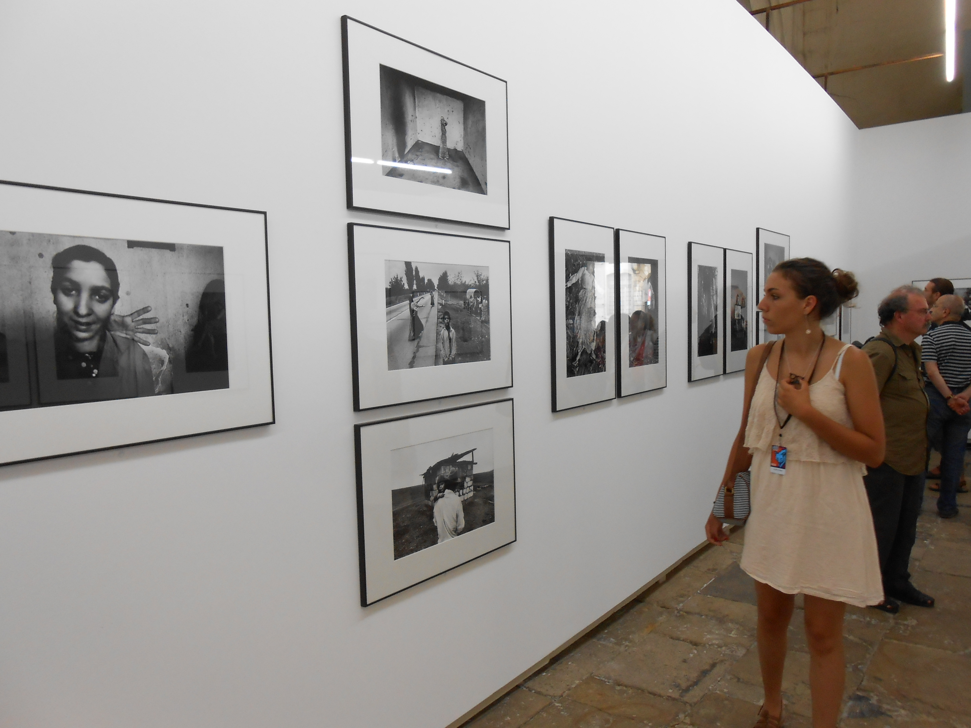 RENCONTRES ARLES PHOTOGRAPHIE 2 juillet – 23 sept 2012 VIDEO & photos